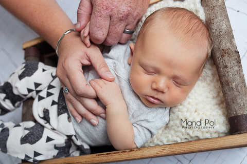 sacramento-newborn-photographer-2-of-18