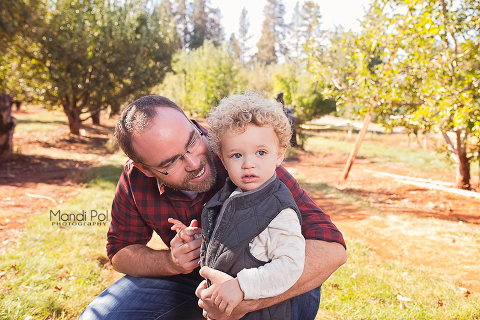 family-portraits-in-apple-hill-1-of-9