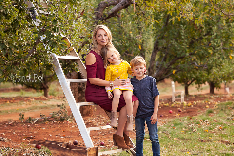 family-portraits-in-apple-hill-1-of-1-3